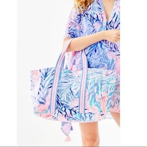 NWT Lilly Pulitzer Lagoon Totr Pink Blue NEW